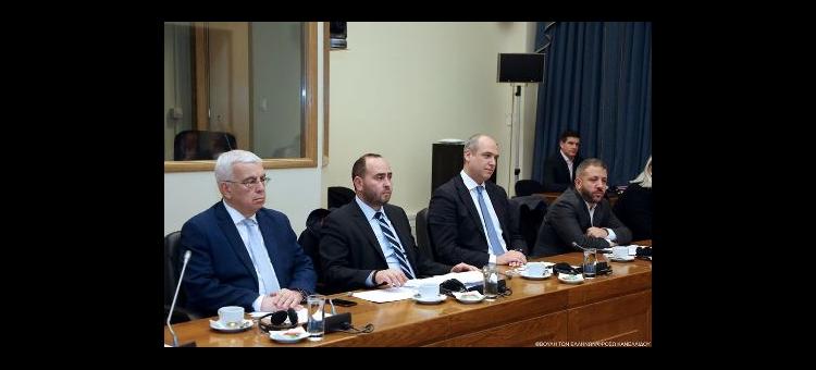 Στη συνάντηση της Κοινοβουλευτικής Ομάδας Φιλίας Ελλάδας – Πολωνίας με συναδέλφους από τη φίλη χώρα, έθεσα το θέμα της αναθεώρησης της Κοινής Αγροτικής Πολιτικής (ΚΑΠ). Η Πολωνία είναι η δεύτερη μεγαλύτερη αγροτική χώρα της ένωσης, ο αρμόδιος επίτροπος είναι Πολωνός και ο ρόλος του στο συγκεκριμένα ζήτημα είναι κρίσιμος. Παράλληλα έθεσα και το θέμα της διεύρυνσης των κατασκευαστικών δραστηριοτήτων των ελληνικών τεχνικών εταιρειών στην Πολωνία στα πλαίσια και των διευρωπαϊκών δικτύων μεταφοράς.