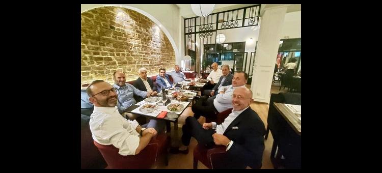 Δείπνο με Βουλευτές της Νέας Δημοκρατίας.